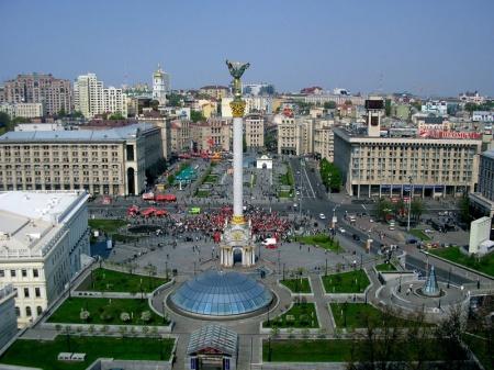 800px-maidan_nezalezhnosti_kiev.jpg