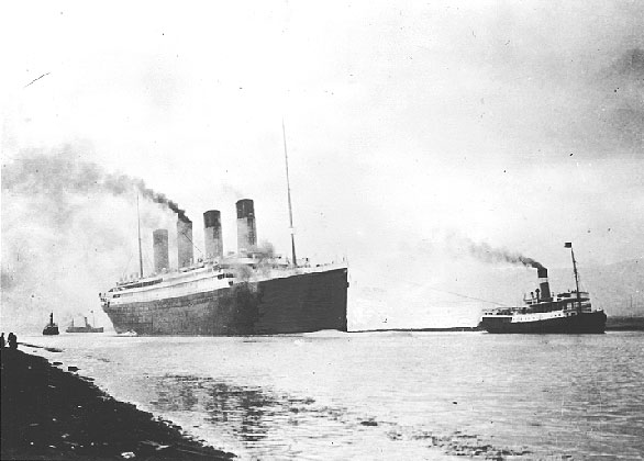 rms_titanic_sea_trials_april_2_1912.jpg