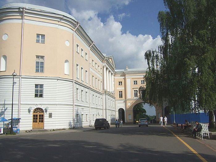 800px-tsarskoye_liceum.jpg